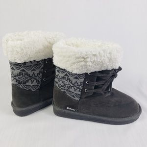 Muk Luks Gray Women's Tie Boots
